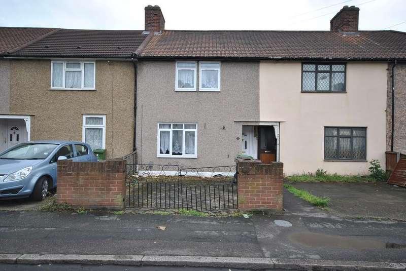 3 Bedrooms Terraced House for sale in Westfield Road, Dagenham