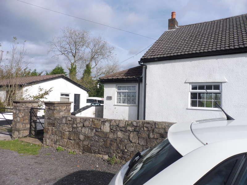 4 Bedrooms Cottage House for sale in Hawthorn Cottage, Penyrheol, Pontypool