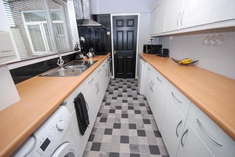 2 Bedrooms Terraced House for sale in Pit Row, Silksworth