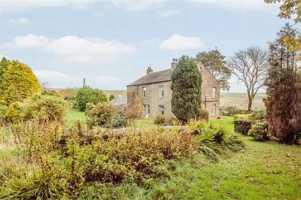 4 Bedrooms Detached House for sale in Old Clough, Bacup, Lancashire