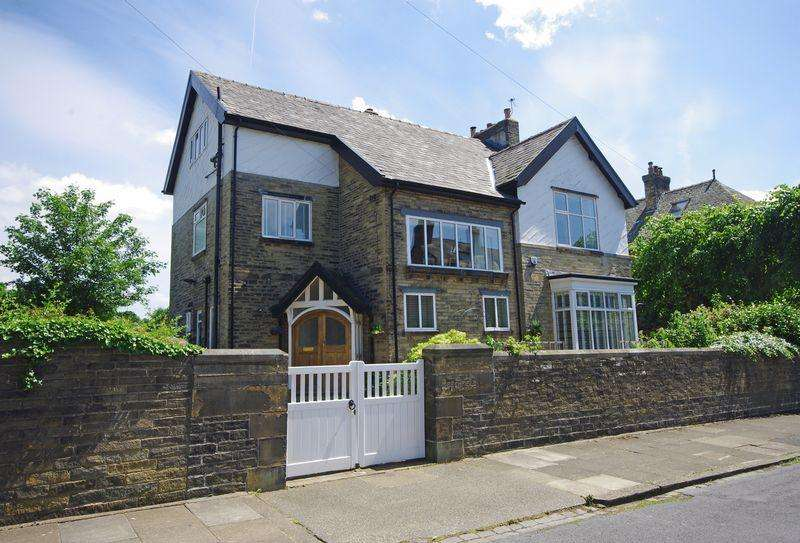 7 Bedrooms Detached House for sale in Beechfield, Rawson Avenue, Skircoat Green, HX3 0JP