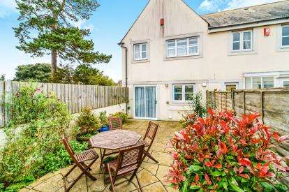 3 Bedrooms End Of Terrace House for sale in Greenbank, Plymouth, Devon