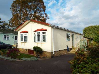 2 Bedrooms Mobile Home for sale in Littleport, Ely, Cambridge