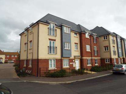 1 Bedroom Flat for sale in Abbotswood, Nr Romsey, Hampshire