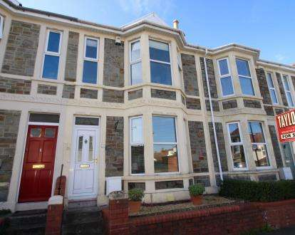2 Bedrooms Terraced House for sale in Grove Park Avenue, Brislington, Bristol