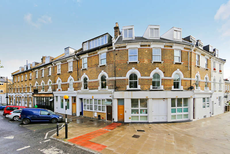 1 Bedroom Ground Flat for sale in Petherton Road, London