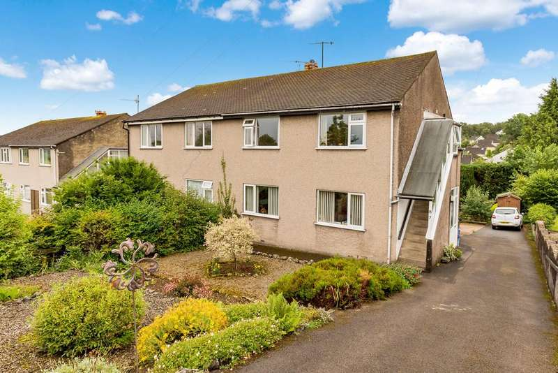 2 Bedrooms Apartment Flat for sale in 8 Briery Bank, Arnside, Cumbria, LA5 0HW
