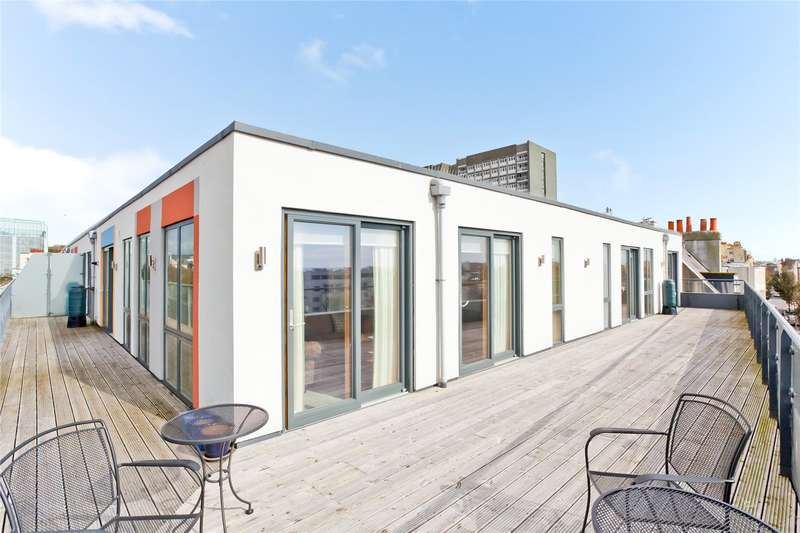 3 Bedrooms Flat for sale in Dorset Gardens, Brighton, East Sussex, BN2