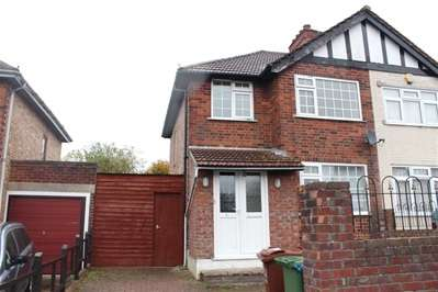 3 Bedrooms Semi Detached House for sale in Long Elmes, Harrow Weald