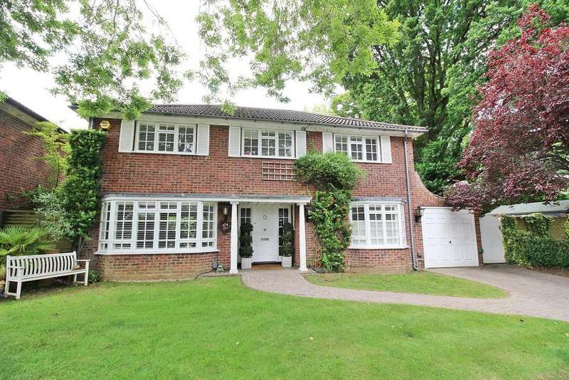 4 Bedrooms Detached House for sale in Sunderland Avenue, St Albans