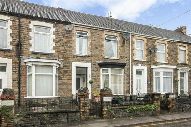 3 Bedrooms Terraced House for sale in Eastland Road, Neath, West Glamorgan