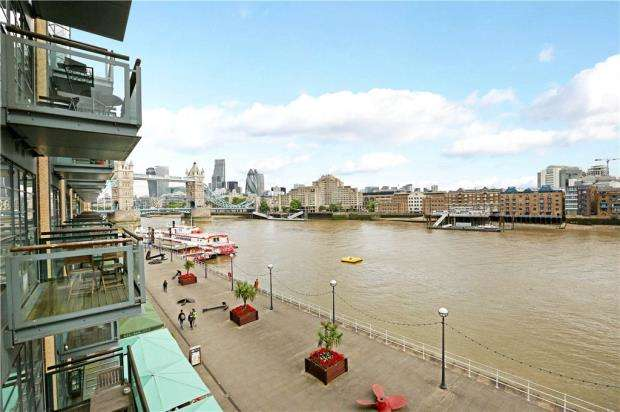 3 Bedrooms Flat for sale in Spice Quay Heights, 32 Shad Thames, London
