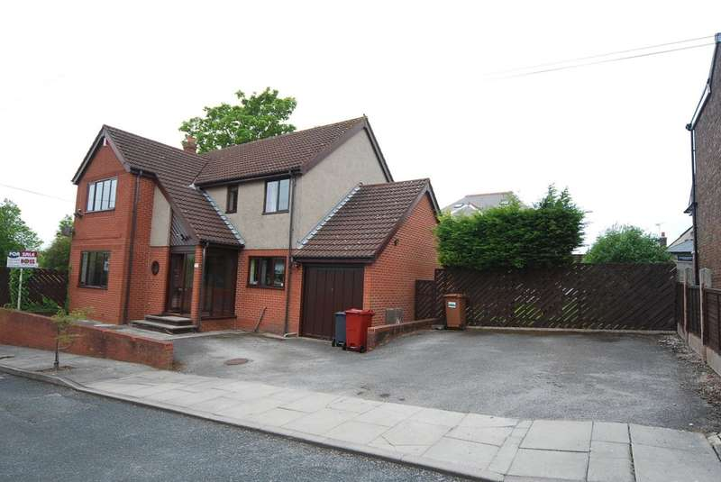 4 Bedrooms Detached House for sale in Prospect Avenue, Barrow-in-Furness, Cumbria, LA13 9AB