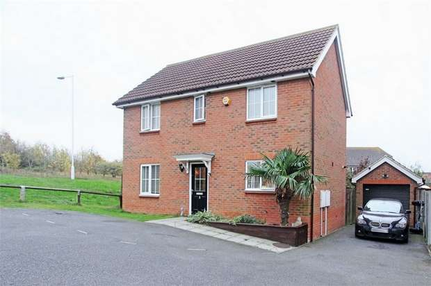 4 Bedrooms Detached House for sale in Charlock Drive, Minster on Sea, Sheerness, Kent