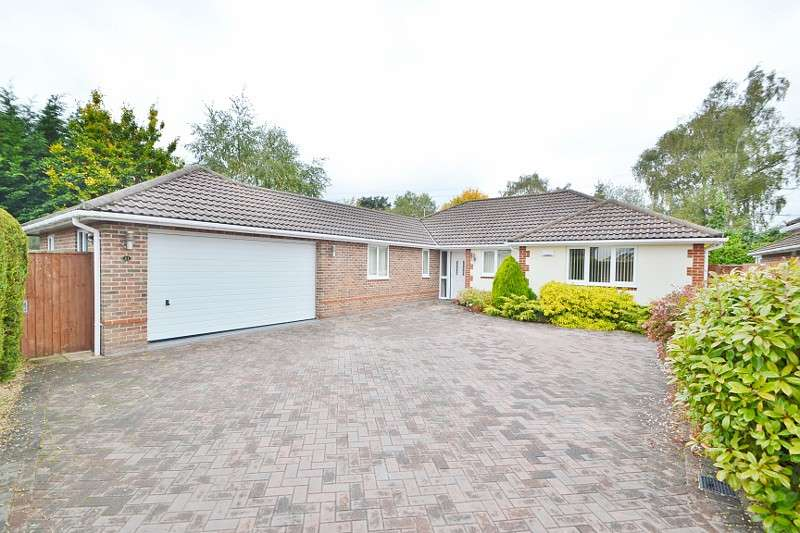 3 Bedrooms Bungalow for sale in Verwood