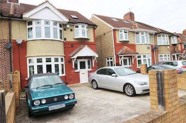 4 Bedrooms Semi Detached House for sale in Springwell Road, Hounslow, Greater London
