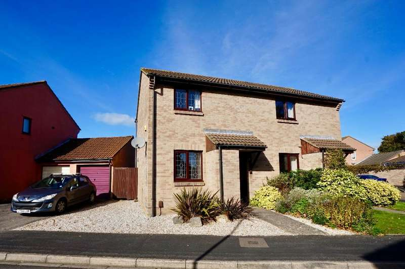 2 Bedrooms Semi Detached House for sale in Goodwood Close, Park Gate, Fareham, PO14 4RW