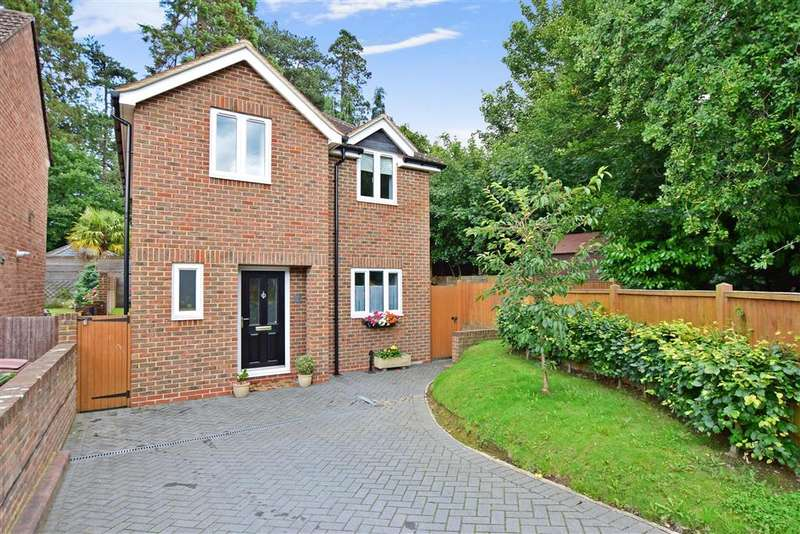 3 Bedrooms Detached House for sale in Gorse Road, Tunbridge Wells, Kent