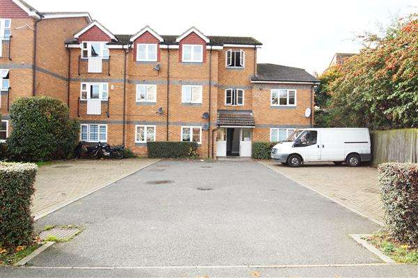 2 Bedrooms Apartment Flat for sale in Rokesby Road, Slough