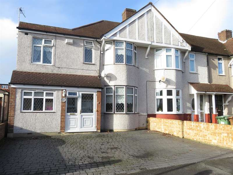 4 Bedrooms Semi Detached House for sale in Cumberland Avenue, Welling, DA16 2QA