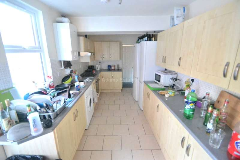 6 Bedrooms Terraced House for rent in Grange Avenue, Reading