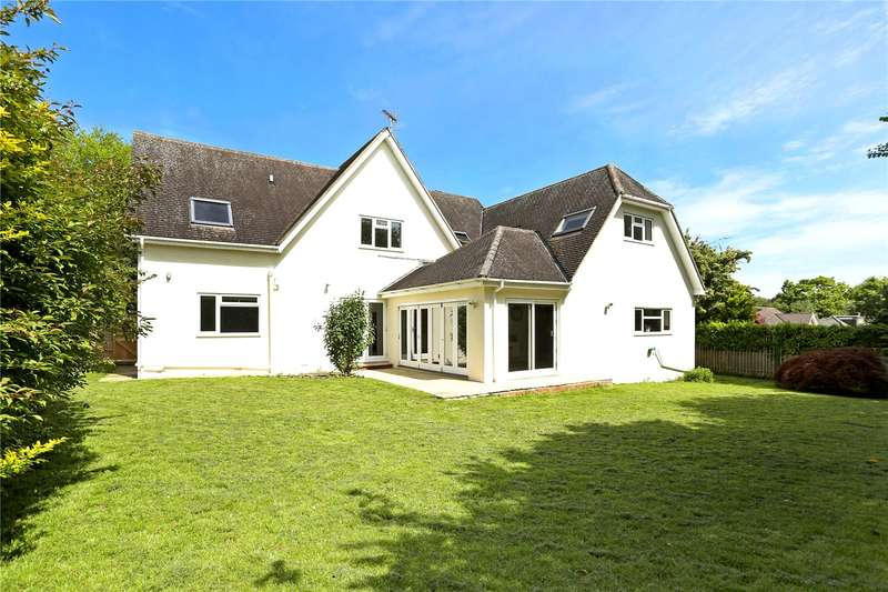 5 Bedrooms Detached House for sale in Winchester Road, Four Marks, Alton, Hampshire, GU34
