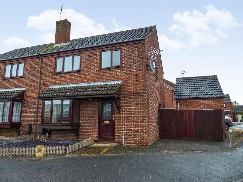 3 Bedrooms Semi Detached House for sale in Lansdowne Road, Yaxley, Peterborough, Cambridgeshire. PE7 3JL