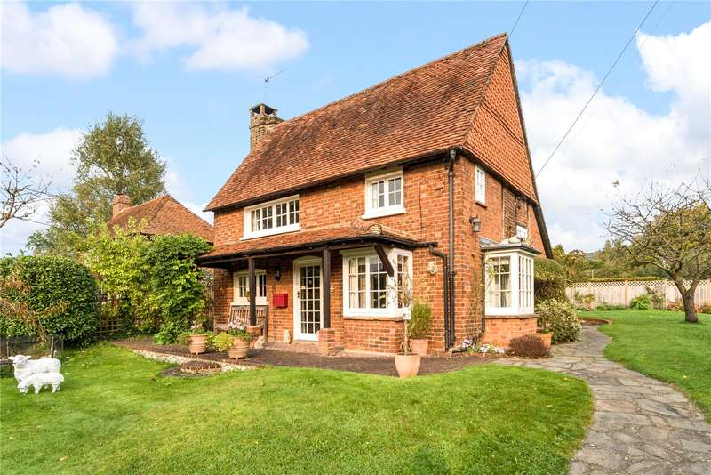 2 Bedrooms Detached House for sale in The Borough, Brockham, Betchworth, Surrey, RH3