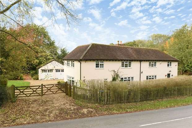 4 Bedrooms Detached House for sale in Southill Road, Old Warden, Biggleswade, Bedfordshire
