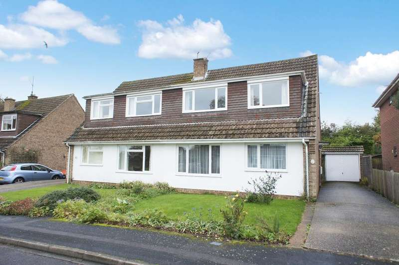 3 Bedrooms Semi Detached House for sale in Boon Way, Oakley, Hampshire, RG23 7BS