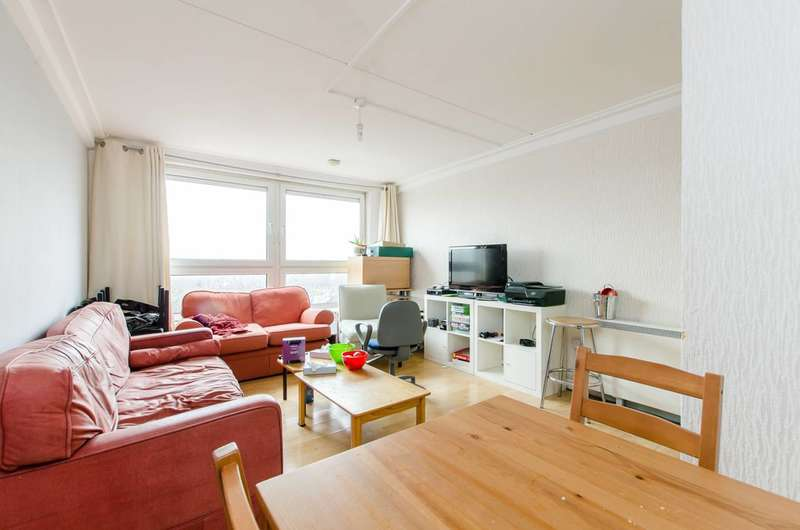 3 Bedrooms Flat for sale in Pellant Road, Fulham, SW6