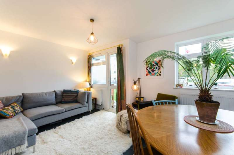 3 Bedrooms Maisonette Flat for sale in Devonshire Street, Chiswick, W4