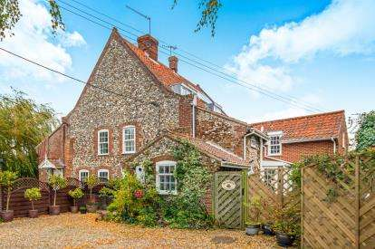 5 Bedrooms Detached House for sale in South Creake, Fakenham, Norfolk