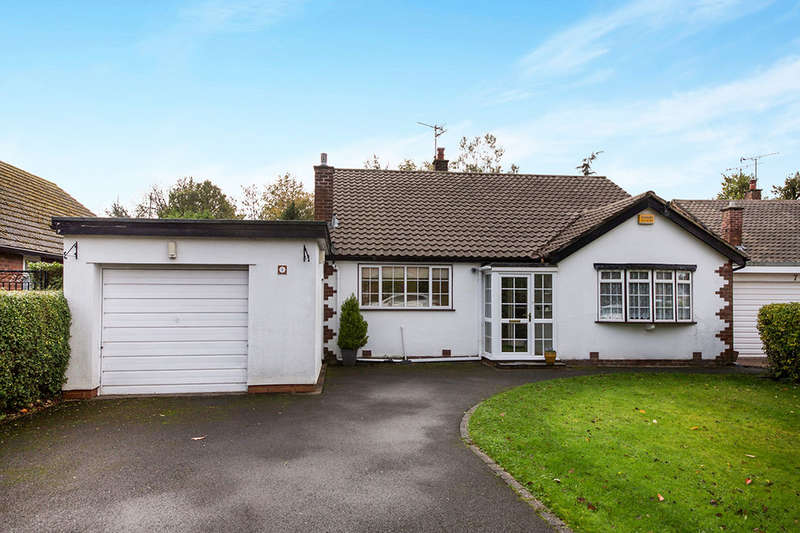 3 Bedrooms Detached Bungalow for sale in Ladybarn Crescent, Bramhall, Stockport, SK7