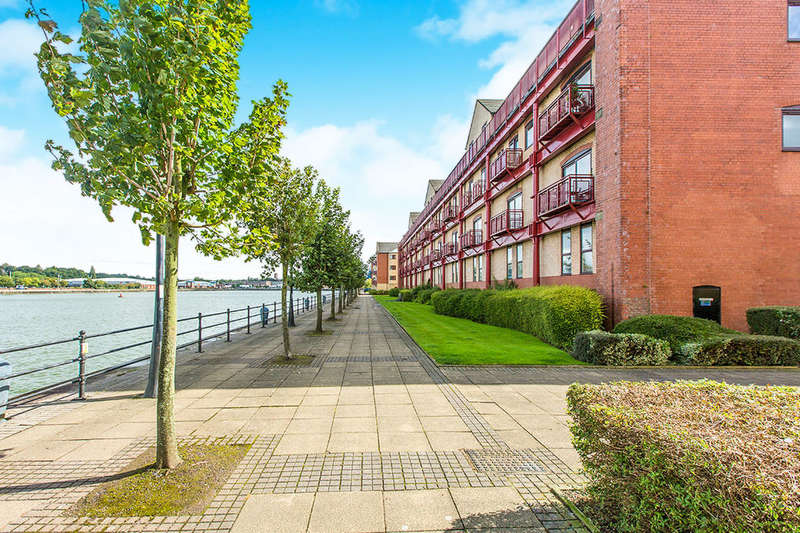 2 Bedrooms Flat for sale in Victoria Mansions Navigation Way, Ashton-On-Ribble, Preston, PR2