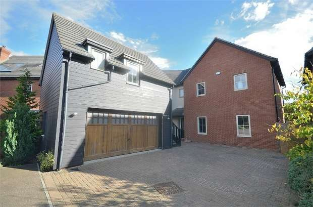 5 Bedrooms Detached House for sale in Thaxted, Great Dunmow, Essex