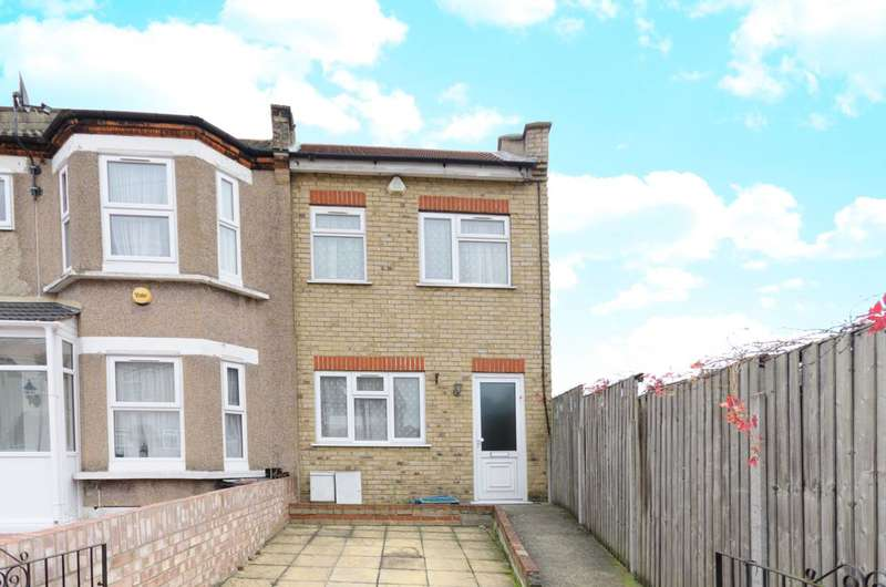 3 Bedrooms House for sale in Uphall Road, Ilford, IG1