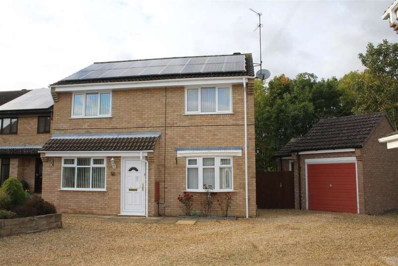 4 Bedrooms Detached House for sale in Squires Gate, Peterborough