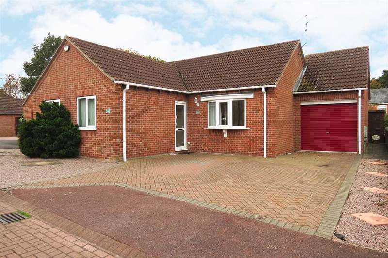3 Bedrooms Detached Bungalow for sale in Claybergh Drive, Sleaford