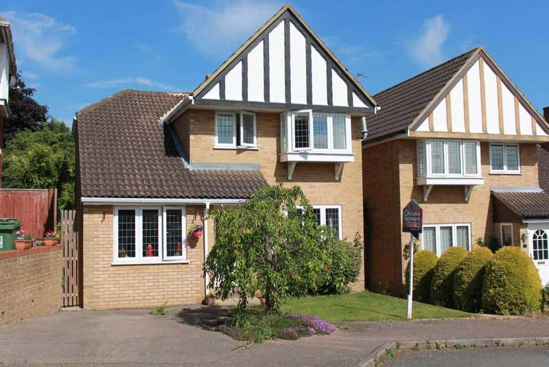 4 Bedrooms Detached House for sale in 3 OR 4 DOUBLE BED DETACHED IN Sundew Road, Chaulden Vale, HP1