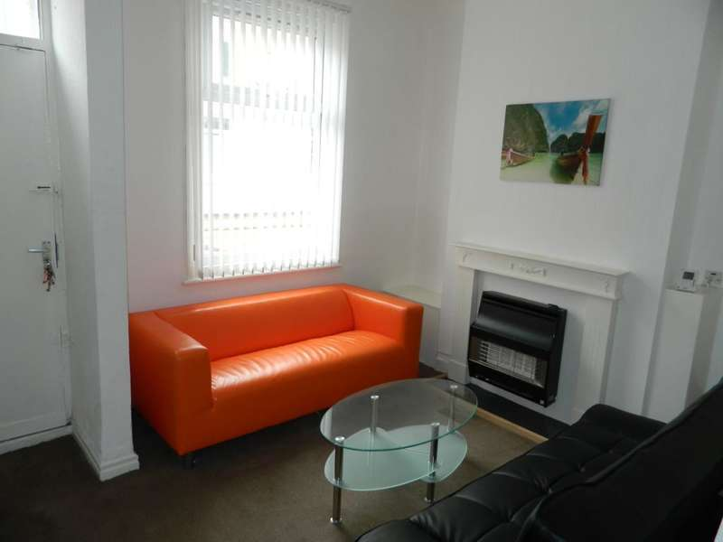 2 Bedrooms Terraced House for sale in Portman Street, Middlesbrough, TS1 4DH