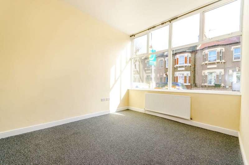 3 Bedrooms Terraced House for sale in Plashet Grove, East Ham, E6