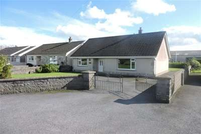 2 Bedrooms Detached Bungalow for rent in Clynderwen
