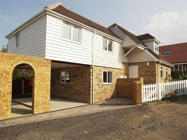 3 Bedrooms Detached House for sale in Gordon Road, Whitstable, Kent