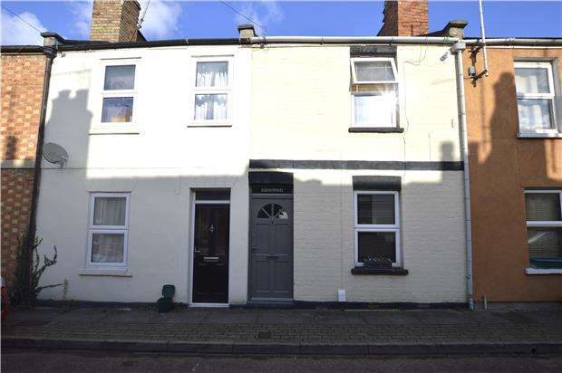 2 Bedrooms Terraced House for sale in Bloomsbury Street, CHELTENHAM, Gloucestershire, GL51 8PG