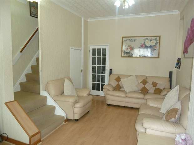 3 Bedrooms Terraced House for sale in High Street, Nantyffyllon, Maesteg, Mid Glamorgan