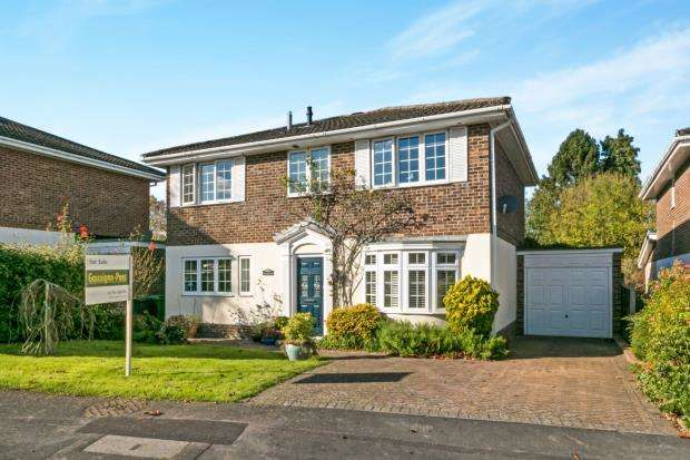 4 Bedrooms Detached House for sale in Oakley, Hampshire, .