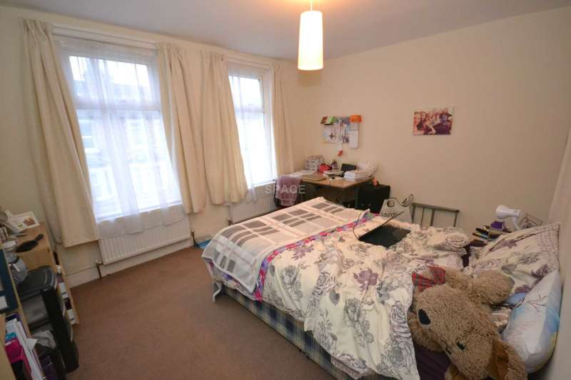 7 Bedrooms Terraced House for rent in Grange Avenue, Reading, Berkshire, RG6 1DL