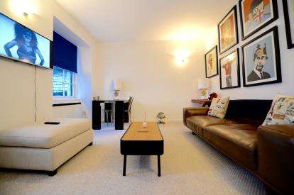 1 Bedroom Flat for sale in Miller Street, Glasgow
