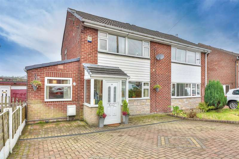4 Bedrooms Semi Detached House for sale in Brown Lodge Street, Littleborough, OL15 0EP
